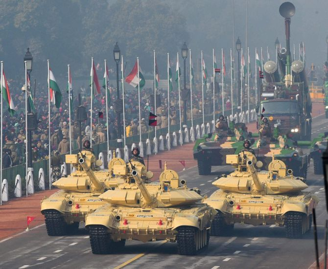India plans to be among top 5 defence producers