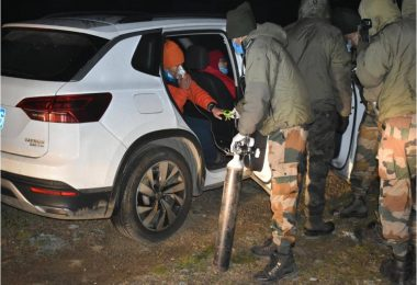 The Indian Army extended a helping hand to three Chinese citizens